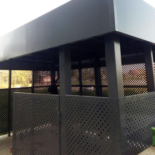 Площадка ТБО с перфорированным листом-4
